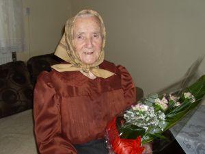Gratulujeme Našej Najstaršej Občianke P.Márií Korfantovej Ku Krásnej Oslave 96-tich Narodenín A Prajeme Jej Pevné Zdravie, Veľa Radosti Zo života A Veľa Krásnych A Príjemných Chvíľ  Prežitých V Kruhu Svojej Rodiny.