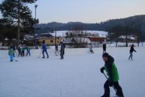 Prvé korčuľovanie na klzisku