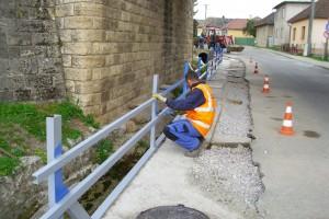 Pokládka kanalizácie a rozšírenie cesty